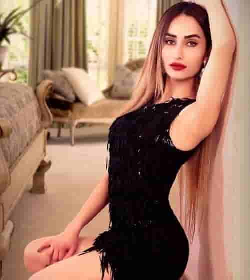 Aliya Sinha is an Independent Hyderabad Escorts Services with high profile here for your entertainment and fulfill your desires in Hyderabad call girls best service.